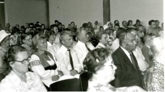 1970-luvulla kesäseurojen pitopaikkana vakiinnutti asemansa Lauritsalan seurakuntasali.
